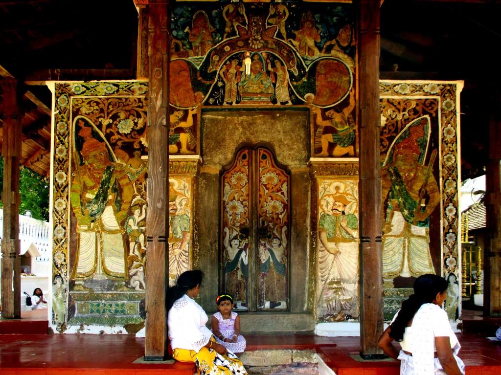 Zdjęcia: Śwątynia Zęba Buddy, Kandy, W cieniu Jej Wysokości, SRI LANKA
