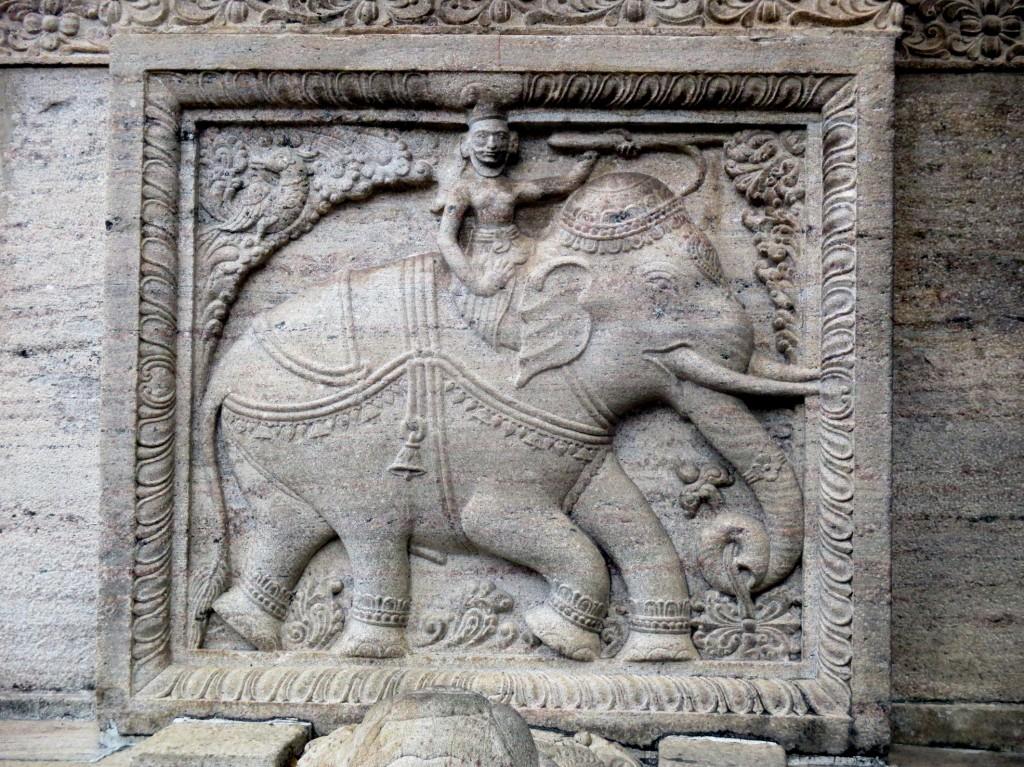 Zdjęcia: Śwątynia Zęba Buddy, Kandy, Kamienny ornament, SRI LANKA