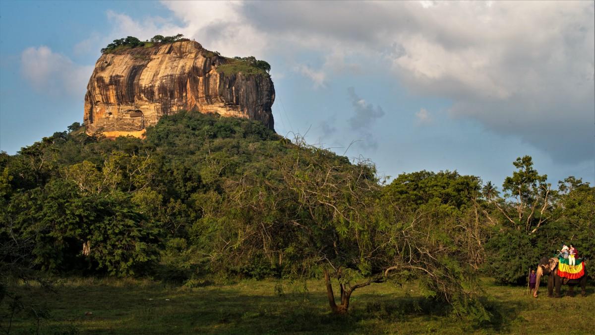 Zdjęcia: Sigiriya, Centralny, Bez biletu wstępu ;-), SRI LANKA
