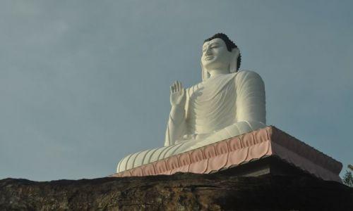 Zdjęcie SRI LANKA / Sigiriya / Sigiriya / Budda z Sigiriyi