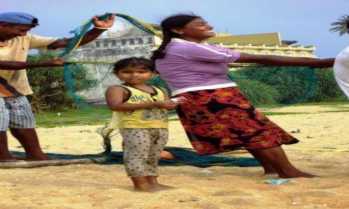 Zdjęcie SRI LANKA / Południe Kraju / Kalutara / Po połowie