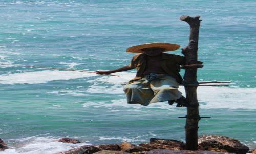 Zdjecie SRI LANKA / Południe wyspy /   / Fisherman