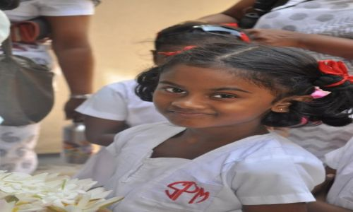 Zdjęcie SRI LANKA / kalutara / kalutara / dziewczynka