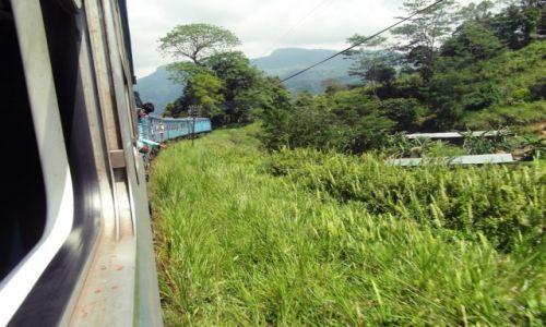 Zdjecie SRI LANKA / Nuwara Eliya / Pociąg na trasie Kandy - Ella / Sri Lanka - Smaki Cejlonu Konkurs