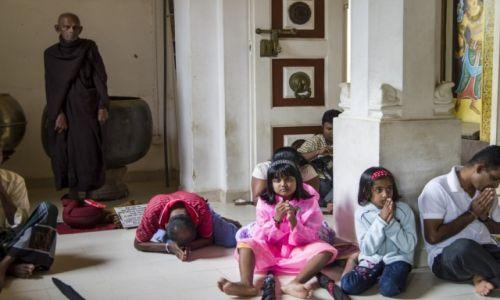 Zdjęcie SRI LANKA / Anuradhapura District / Anuradhapura / Świątynia wiecznego drzewa, wiecznych ludzi