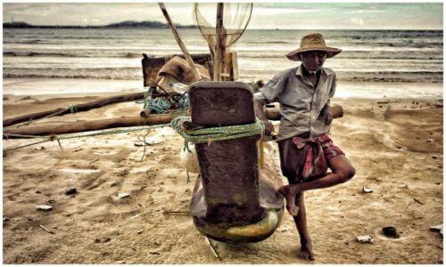 Zdjęcie SRI LANKA / Hambantota / Hambantota / rybak