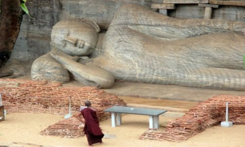 Zdjęcie SRI LANKA / Polonnaruwa / Gal-Vihara / Też tak chcę