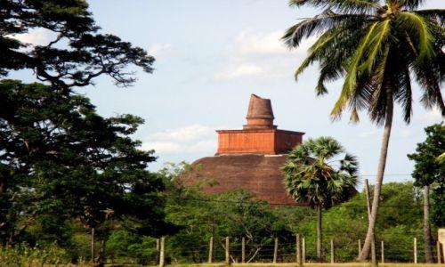 Zdjęcie SRI LANKA / Sri Lanka centralna / Anuradaphura / Dżetawanarama