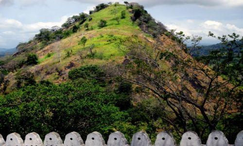 Zdjęcie SRI LANKA / Dambula / Złota Świątynia / Ns krawędzi