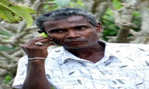 SRI LANKA / Prowincja Centralna / Dambulla / Zamieniam się w słuch