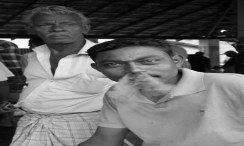 Zdjęcie SRI LANKA / gdzies w drodze / gdzies w drodze / troche dymu,nie zaszkodzi...