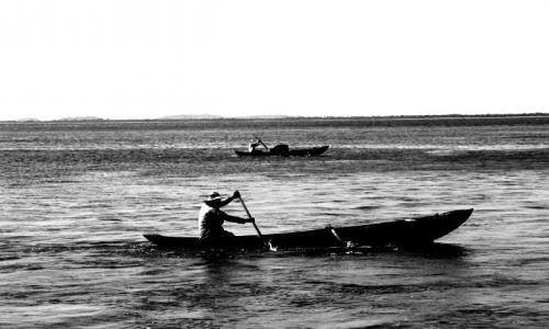 Zdjecie SRI LANKA / Wschodnie wybrzeże / niedaleko Trincomalee / Rybacy