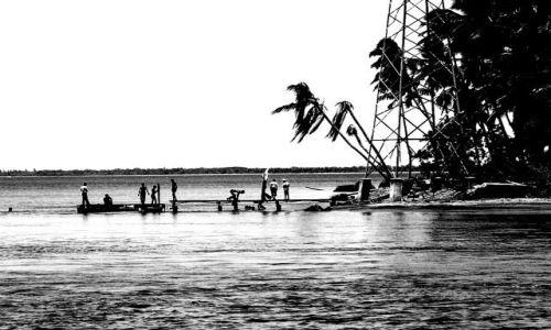 Zdjecie SRI LANKA / Wschodnie wybrzeże / niedaleko Trincomalee / pomost