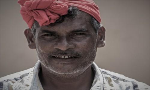 Zdjęcie SRI LANKA / Południowo zachodni / Fort Galle / Sprzedawca ... marzeń ;-)