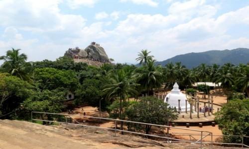 SRI LANKA / Trójkat Kulturowy / Mihintale / Wzgórze Mahindy
