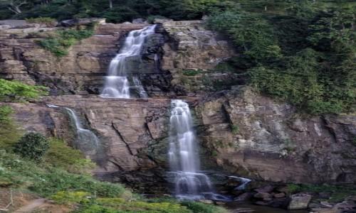 Zdjecie SRI LANKA / Sri Lanka / Ramboda / Wodospad Ramboda