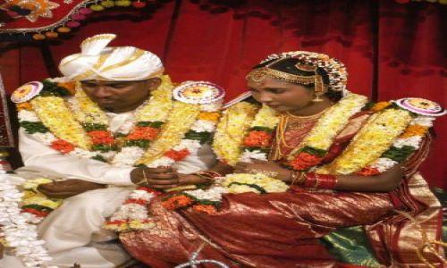 Zdjecie SRI LANKA / Colombo / Dehiwalla Tempel / Para mloda