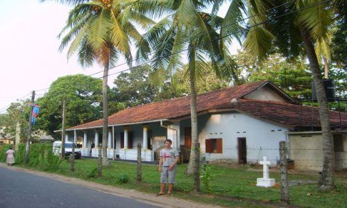 Zdjecie SRI LANKA / Alutgama / pomisyjny kościółek w Alutgamie / Alutgama