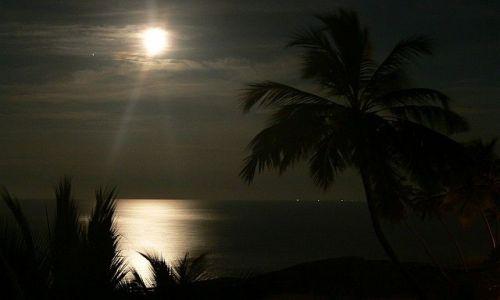 Zdjecie SRI LANKA / Induruwa / Induruwa / Zachód księżyca