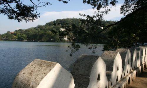 Zdjęcie SRI LANKA / brak / Kandy / Widok na Jezioro Mleczne