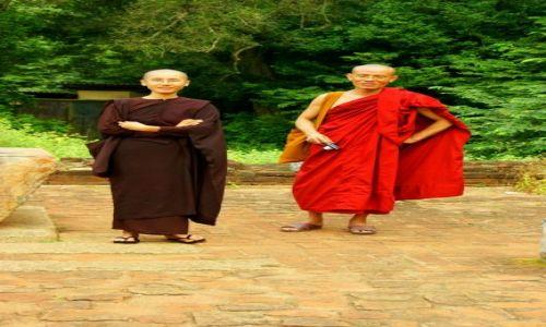 Zdjęcie SRI LANKA / Anuradhapura / Anuradhapura / Para