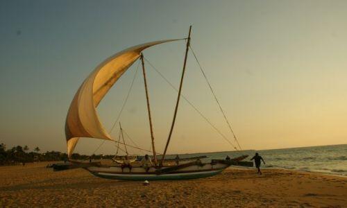 Zdjęcie SRI LANKA / Nagambo / Nagambo / Pod  żaglami