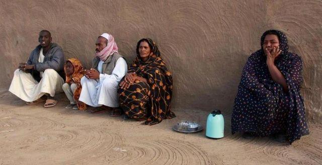 Zdjęcia: wioska Mafrakka, Leniwe popołudnie., SUDAN