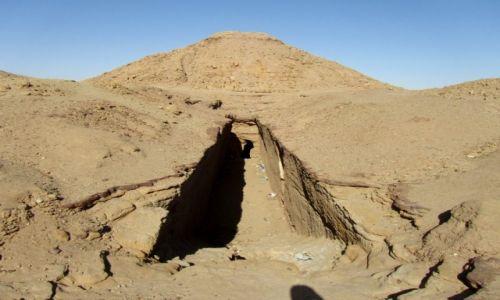 Zdjęcie SUDAN / AFRYKA / NUBIA / KROLEWSKIE GROBOWCE WLADCOW NUBII - SUDAN