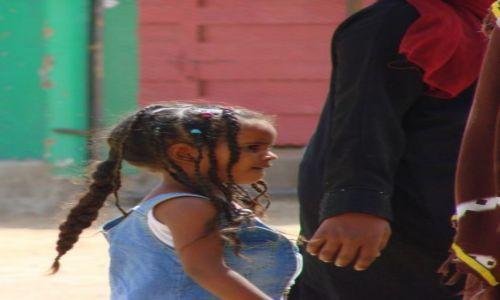 Zdjęcie SUDAN / Karma / Karma / Z mamą