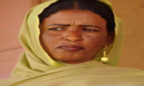 Zdjęcie SUDAN / Dongala / Dongala / Malowane  usta