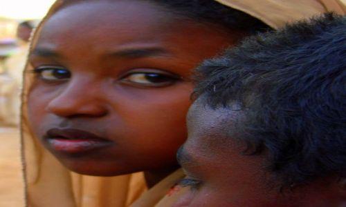 SUDAN / Dongala / Dongala / Tęsknota