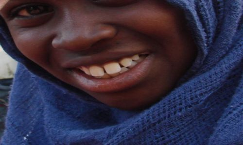 Zdjęcie SUDAN / Bengalore / Bengalore / Ząbki