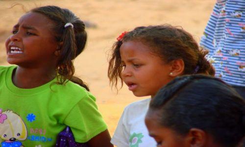 Zdjęcie SUDAN / Dankala / Dankala / Płacz  mała