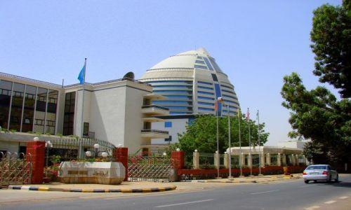 Zdjęcie SUDAN / Hartum / Hartum / Podarunek Kadafiego