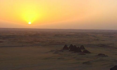 Zdjęcie SUDAN / Karma / Karma / Piramidy