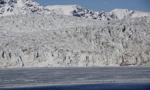 Zdjęcie SVALBARD / Spitsbergen / Isfjorden / Lodowiec w okolicach Barentsburga