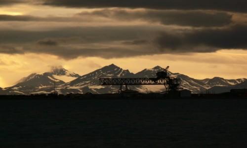 SVALBARD / Longyearbyen / składowisko / Suwnica