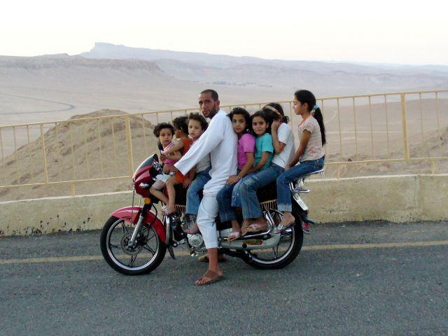 Zdjęcia: Palmyra, Palmyra, Środek lokomocji ;), SYRIA