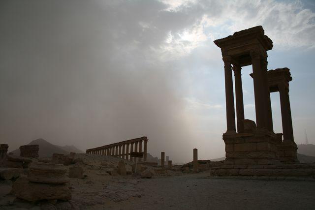 Zdjęcia: Palmyra, Palmyra - idzie burza, SYRIA
