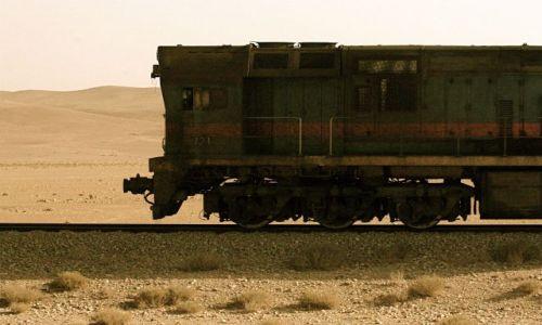 Zdjecie SYRIA / - / Poci�g przez pustynie / Poci�g do podr�