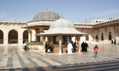 SYRIA / Aleppo / Aleppo/Halab, Stare Miasto / Dziedziniec meczetu Umajjadów