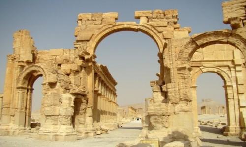 Zdjęcie SYRIA / Pustynia Syryjska / Palmyra / Łuk Triumfalny
