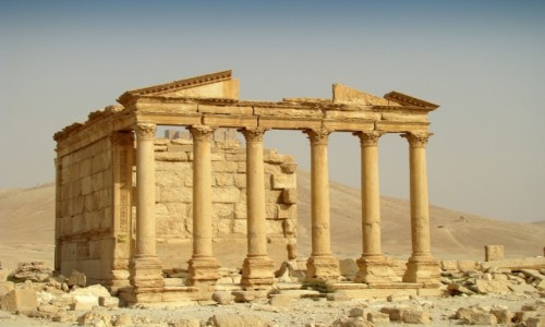 Zdjęcie SYRIA / Pustynia Syryjska / Palmyra / Świątynia pogrzebowa