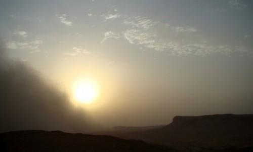 Zdjęcie SYRIA / Pustynia Syryjska / Palmyra / Nadciąga burza piaskowa