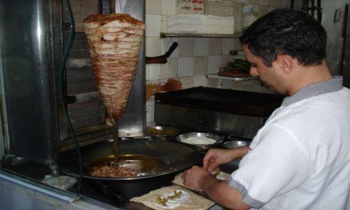 Zdjęcie SYRIA / Damaszek / Damaszek - Stare Miasto / Przygotowanie kebaba