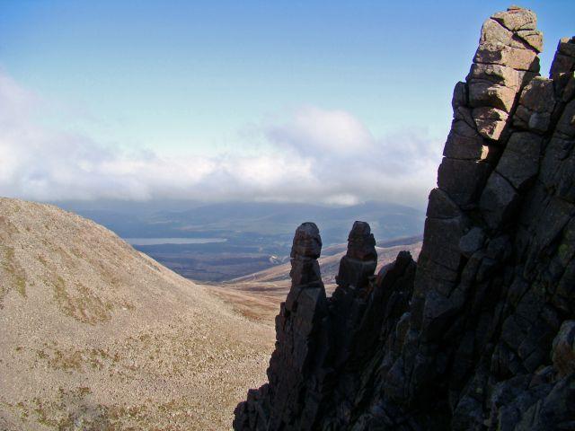 Zdjęcia: Glen More, Cairngorms Mountains, skalna ukladanka, SZKOCJA