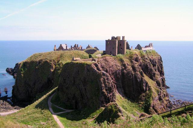 Zdjęcia: Wybrzeże Morza Północnego, Szetlandy, Skała niedaleko Aberdeen, SZKOCJA