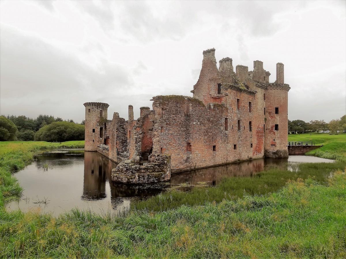 Zdjęcia: Zamek Caerlaverock, Południowa Szkocja - okolice Dumfries, Postrach Anglików, SZKOCJA