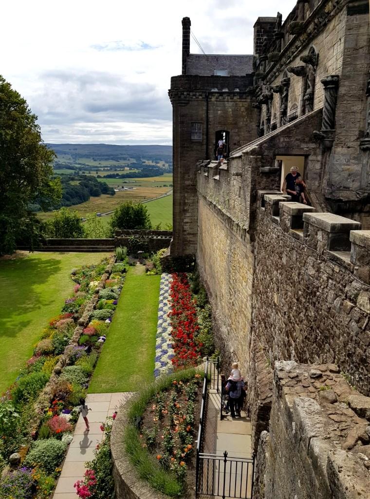 Zdjęcia: Stirling Castle, Stirling, Widok pod murami, SZKOCJA