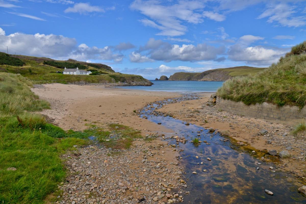Zdjęcia: zatoka przy drodze A836, północny-wschód Szkocji, Kupię parcelę, SZKOCJA